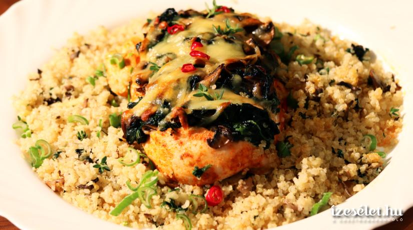 Gombával és spenóttal töltött csirke quinoával