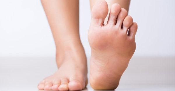 duzzanat a lábujjak között