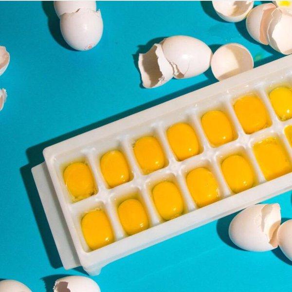 magányos tojások a tojások fagyasztására)