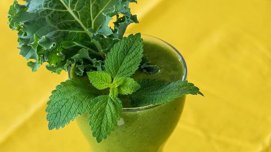 Méregtelenítés zöld teával